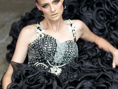 Komang black roses-2