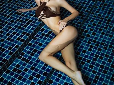 Nastya at my pool-27